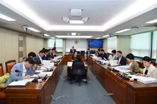 제283회 임시회 교통위원회 회의 이미지
