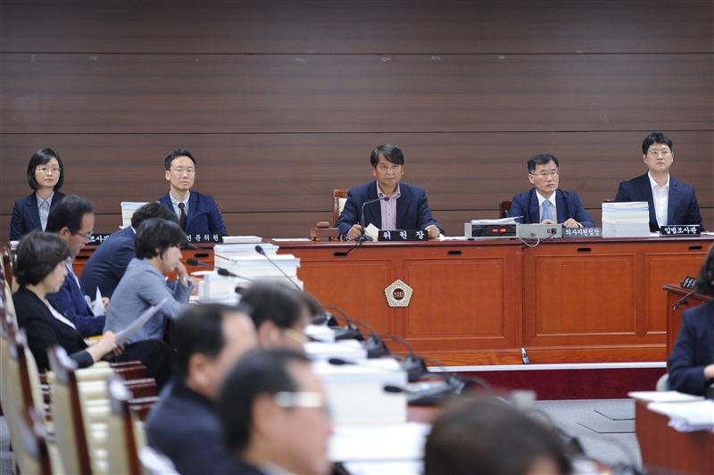 제287회 정례회 예산결산특별위원회 회의_교육청 추경 이미지