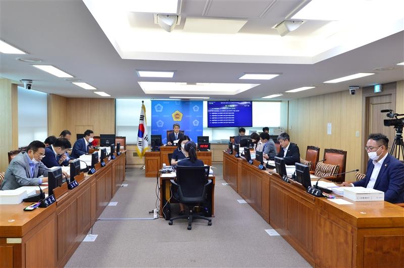 제295회 정례회 도시계획관리위원회 회의 이미지