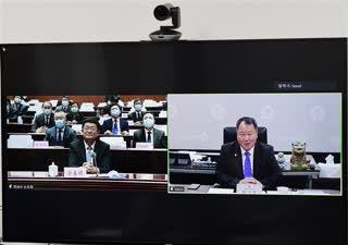 산둥성과 세계500강 기업 간 대화-한국편 행사  빈저우시 당서기 서울시의회 의장 담화
